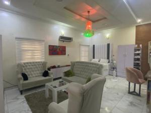 1 bedroom Studio Apartment for rent Chevy View Estate chevron Lekki Lagos