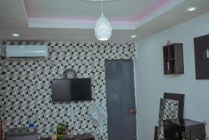 Studio Apartment Flat / Apartment for shortlet ... Akoka Yaba Lagos