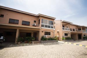 3 bedroom Terraced Duplex House for sale Off Admiralty way Lekki Phase 1 Lekki Lagos