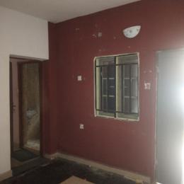 2 bedroom Flat / Apartment for rent OFF APAPA ROAD, IPONRI COSTAIN Iponri Surulere Lagos