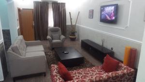 3 bedroom Semi Detached Duplex House for shortlet Esther Adeleke Street,Off Admiralty way Lekki Phase 1 Lekki Lagos