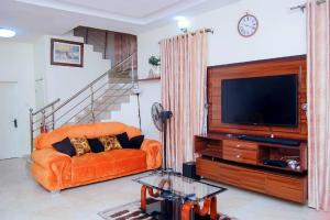 3 bedroom Detached Duplex House for shortlet Idado Estate Agungi Lekki Lagos