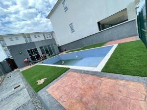 House for sale h Ikate Lekki Lagos