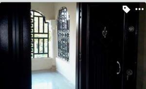 3 bedroom Blocks of Flats House for sale Close to Henson demonstration group of school, Ikpoba Hill  Oredo Edo
