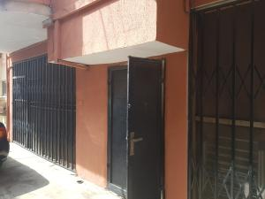 3 bedroom Shared Apartment Flat / Apartment for rent Great Street Thats 4minutes Drive From.adelabu Street Adelabu Surulere Lagos