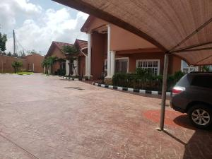 3 bedroom Detached Bungalow for rent Oni & Son Ring Rd Ibadan Oyo