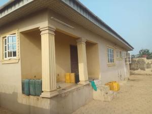 3 bedroom Detached Bungalow for sale Nihort Road Jericho Ibadan Oyo