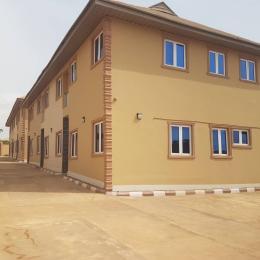 3 bedroom Mini flat Flat / Apartment for rent opposite golden barley group of school ologuneru Eleyele Ibadan Oyo