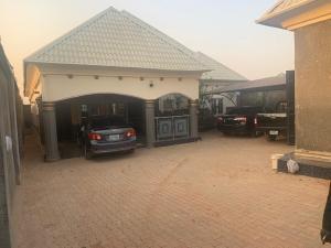 3 bedroom House for sale water intake area,maigero Kaduna South Kaduna