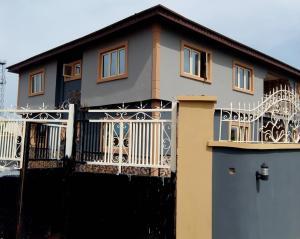3 bedroom Flat / Apartment for rent Leadway, Erunwen, Off Ota Ona rd,  Ikorodu Lagos