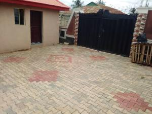 4 bedroom Detached Bungalow House for sale  Laide junction on tarred road After Bako, along Apata road, Ibadan Apata Ibadan Oyo