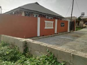 1 bedroom mini flat  Self Contain Flat / Apartment for rent Adeoje estate off Akala express  Akala Express Ibadan Oyo