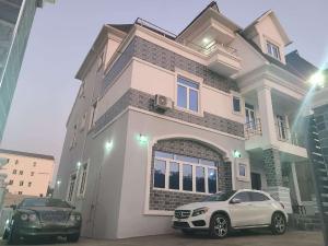 5 bedroom Detached Duplex House for sale In an estate Guzape Abuja