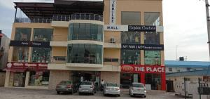 Show Room Commercial Property for rent ADMIRALTY WAY, LEKKI PHASE 1 Lekki Phase 1 Lekki Lagos