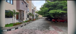 4 bedroom Terraced Duplex for rent Close To Fairview Guzape Abuja