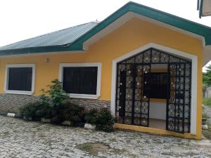 5 bedroom Detached Bungalow House for rent Located at sun city estate Galadinmawa Abuja