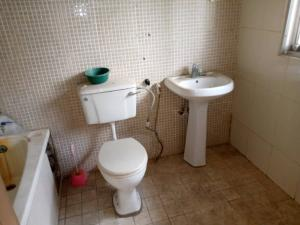 3 bedroom Flat / Apartment for rent Reeve Road Old Ikoyi Ikoyi Lagos
