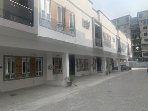 3 bedroom Terraced Duplex for rent 2nd Toll Gate chevron Lekki Lagos