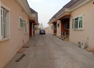 3 bedroom Blocks of Flats House for rent Bashorun estate opposite Kolapo ishola gra  Akobo Ibadan Oyo