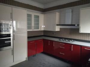 3 bedroom Flat / Apartment for rent Mosley Road Ikoyi Lagos