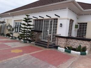 4 bedroom Detached Bungalow House for sale Beaufort Estate Behind trademore Pyakassa Abuja
