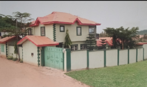 Blocks of Flats House for sale Moses street, Oke Opo GRA Ilesha East Osun