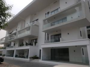 4 bedroom Massionette House for rent OFF FIRST AVENUE Banana Island Ikoyi Lagos