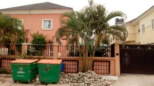 Terraced Duplex House for shortlet Chevron  chevron Lekki Lagos