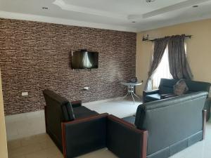 4 bedroom Shared Apartment Flat / Apartment for sale Ibara GRA  Abeokuta Ogun