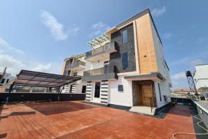 5 bedroom Detached Duplex House for sale Orchid Road Lekki Phase 2 Lekki Lagos