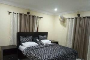 3 bedroom Flat / Apartment for shortlet Marwa Garden, Alausa Alausa Ikeja Lagos