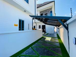 4 bedroom Semi Detached Duplex House for sale Orchid road  Lekki Phase 2 Lekki Lagos