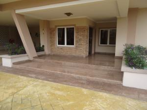 3 bedroom Flat / Apartment for rent - Dolphin Estate Ikoyi Lagos