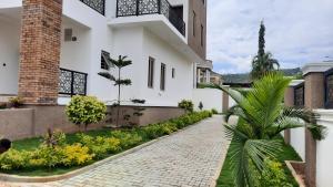 6 bedroom Semi Detached Duplex for sale Katampe Ext Abuja