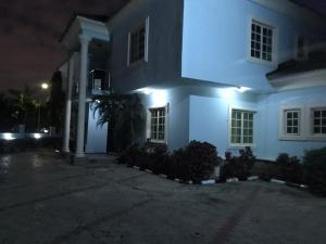 5 bedroom Semi Detached Duplex House for rent Maitama-Abuja.  Maitama Abuja