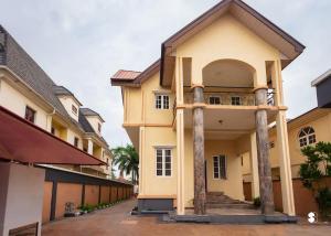 Studio Apartment Flat / Apartment for shortlet Admiralty  Lekki Phase 1 Lekki Lagos