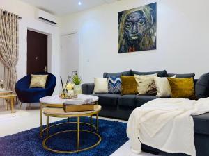 3 bedroom Flat / Apartment for shortlet Off Yesufu Abiodun, Dideolu Estate ONIRU Victoria Island Lagos