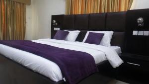 3 bedroom House for shortlet Lekki Gardens Phase 2 Lekki Gardens estate Ajah Lagos