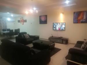 4 bedroom Terraced Duplex House for shortlet Mike Inegbesa Karimu Kotun Victoria Island Lagos