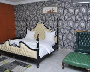 4 bedroom Flat / Apartment for shortlet Asokoro Asokoro Abuja