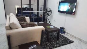 1 bedroom Studio Apartment for shortlet Off Chevron Drive chevron Lekki Lagos