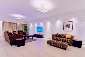 3 bedroom House for shortlet Mobolaji johnson Dolphin Estate Ikoyi Lagos
