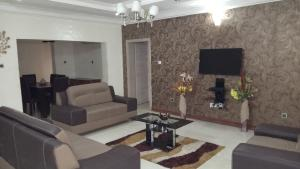 3 bedroom Flat / Apartment for shortlet Ladoke Akintola street Ikeja GRA Ikeja Lagos