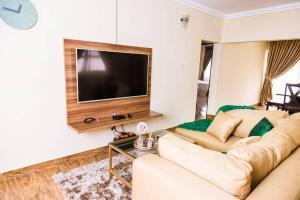 3 bedroom Flat / Apartment for shortlet No 7 Yawuri Street Garki 2 Abuja