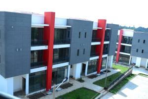 4 bedroom Terraced Duplex for rent Near Forestry Alesinloye Area Jericho Ibadan Oyo