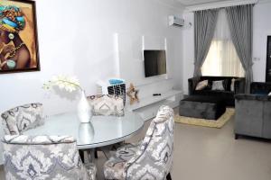 3 bedroom Semi Detached Duplex House for shortlet Alexander's Court Jakande Lekki Lagos