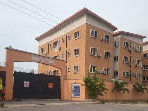 3 bedroom Blocks of Flats House for sale Chief Anthony Enahoro Estate Wempco road Ogba Lagos