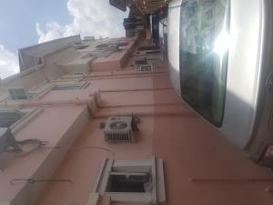 3 bedroom Shared Apartment Flat / Apartment for rent Cole street surulere Ogunlana Surulere Lagos