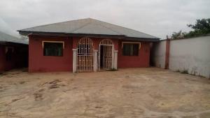 3 bedroom Flat / Apartment for rent Ologun-eru Oyo
