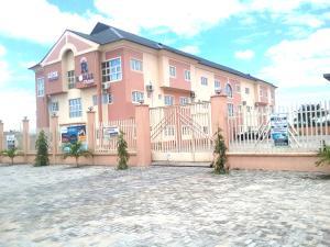 Office Space Commercial Property for rent Km 40, Royale Plaza, Opposite Automation Bogije, Lekki Epe Expressway Ibeju Lekki, Lagos. Alatise Ibeju-Lekki Lagos
